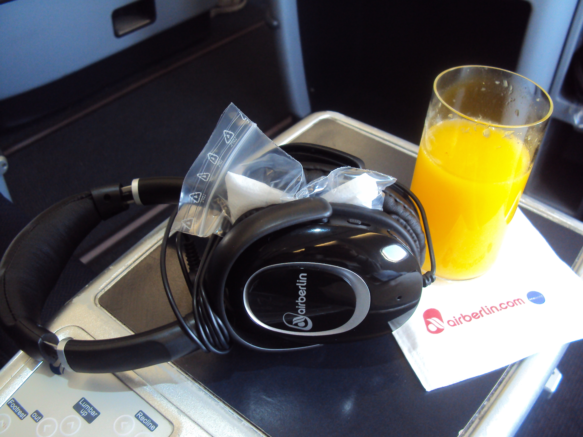 Comfortable Flying on Air Berlin: Business Class
