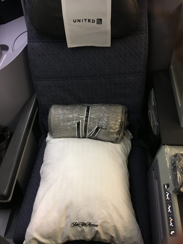 I Fly The United Airlines Business Class Route From LA To NY Pretty Frequently But Thought Id Post A Review Recap As Made Changes On This